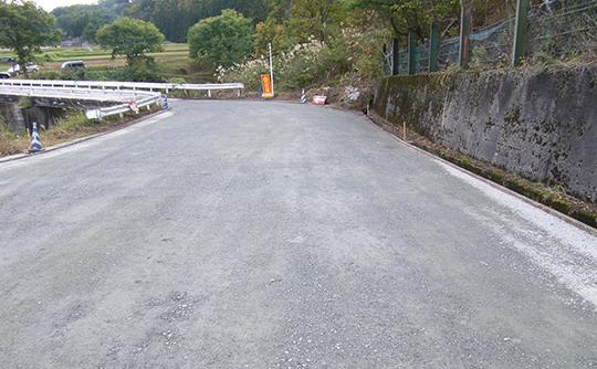 路盤材や建物新築基礎、駐車場の敷石に