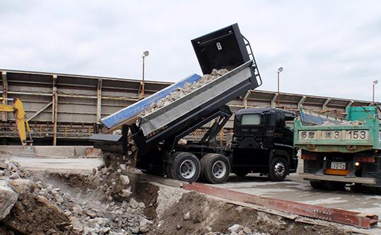 コンクリート廃材の引取